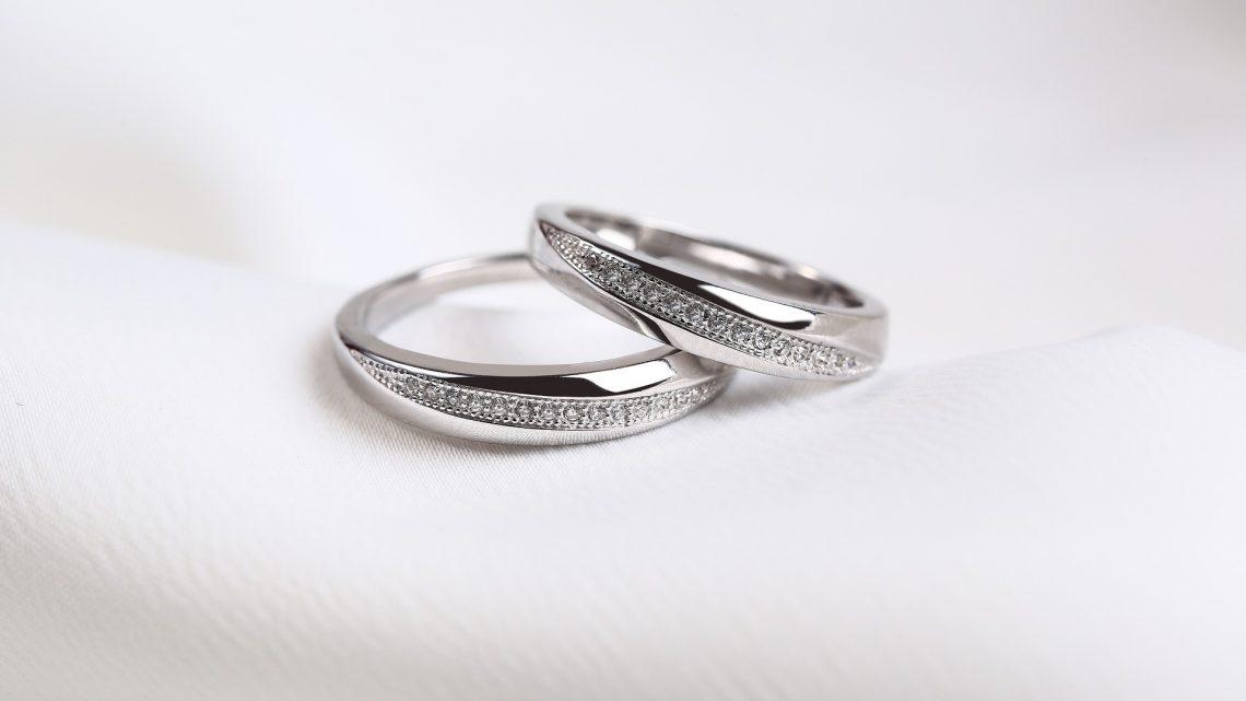 Comment bien choisir sa bague de mariage ?