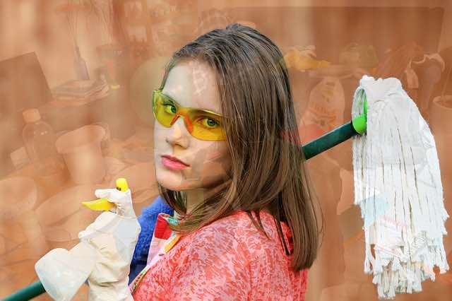 Comment devenir une femme de ménage compétente?