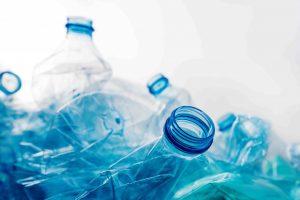 L'impact environnemental du plastique production et élimination